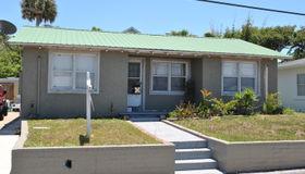 516 Eastwood Lane, Daytona Beach, FL 32118