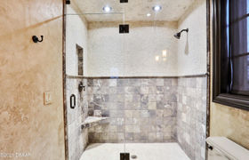 Real estate listing preview #146