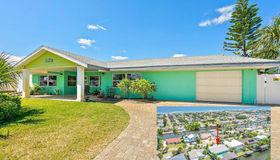 151 Palmetto Ave, Flagler Beach, FL 32136