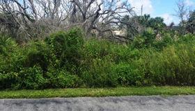 15 Beachside Dr, Palm Coast, FL 32137