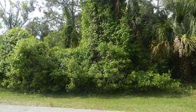 17 Flint Hill Ln, Palm Coast, FL 32137