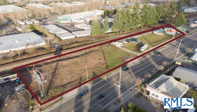 11807 NE Sandy Blvd, Portland, OR 97220
