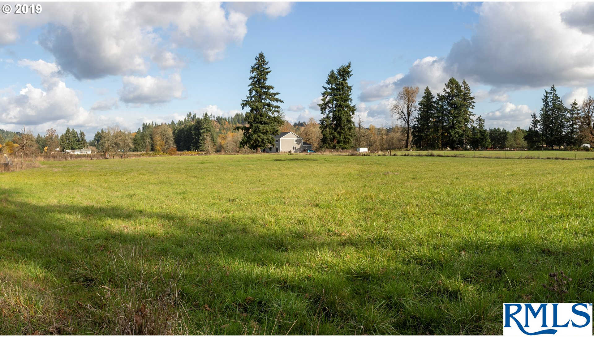 18925 Se Wenmot Ln, Eagle Creek, OR 97022 now has a new price of $259,900!