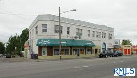 7311 NE Sandy Blvd, Portland, OR 97213