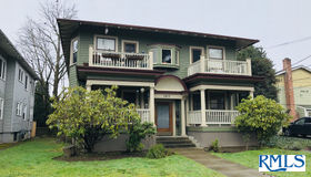 1917 NE 8th Ave, Portland, OR 97212
