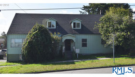 425 Hall, Coos Bay, OR 97420