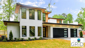 9305 Valley Road, Charlotte, NC 28270