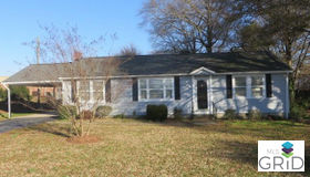 303 Oakley Avenue, Pineville, NC 28134