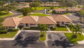 227 Club Drive, Palm Beach Gardens, FL 33418