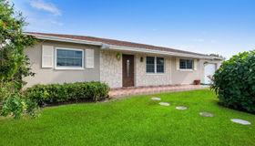 448 San Fernando Drive, Palm Springs, FL 33461