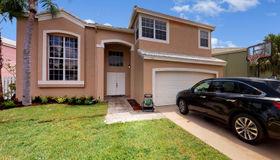 985 sw 102 Terrace, Pembroke Pines, FL 33025