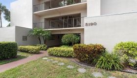 5190 Las Verdes Circle #324, Delray Beach, FL 33484