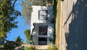 1161 nw 48th Street, Miami, FL 33127