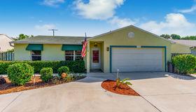 5681 Se Wilsie Drive, Stuart, FL 34997