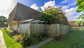 709 7th Lane, Palm Beach Gardens, FL 33418