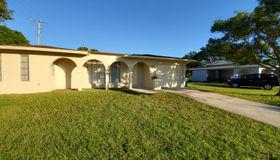 153 NE Airoso Boulevard, Port Saint Lucie, FL 34986