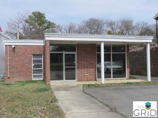 202 Main Street, Pineville, NC 28134 is now new to the market!