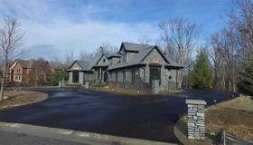 8170 Pine Hollow Trail, Grand Blanc, MI 48439