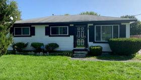 862 Bay St, Pontiac, MI 48342-1902