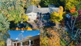 1940 Lone Pine Rd, Bloomfield Hills, MI 48302-2521