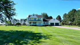 7398 Maple Ave, Grand Blanc, MI 48439