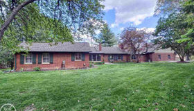 1300 Grandview Drive, Rochester Hills, MI 48306-4033