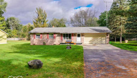 11053 Carr Rd, Davison, MI 48423