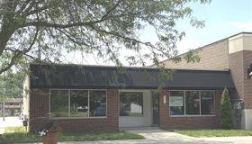 331 Main St, Belleville, MI 48111-2645