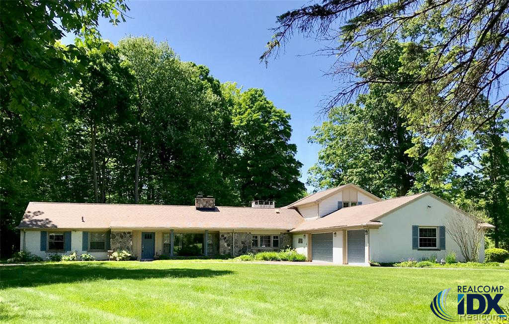 30255 Woodhaven Lane, Beverly Hills vlg, MI 48025 now has a new price of $500,000!