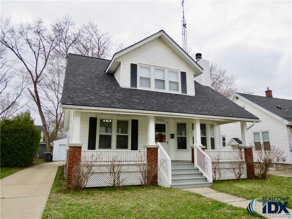 2433 Wyoming Avenue SW, Wyoming, MI 49519 is now new to the market!