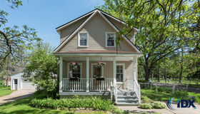 902 Fairview Avenue, Rochester, MI 48307
