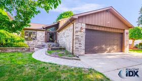 13956 Coldwater Drive, Sterling Heights, MI 48313