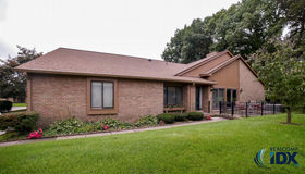 2176 London Bridge Drive #41, Rochester Hills, MI 48307