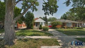 9379 Becker Avenue, Allen Park, MI 48101