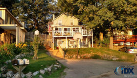 108 Bellevue Avenue, Lake Orion vlg, MI 48362