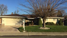 64 Springbrook Circle, Sacramento, CA 95831