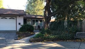 2204 Alto Court, Davis, CA 95616