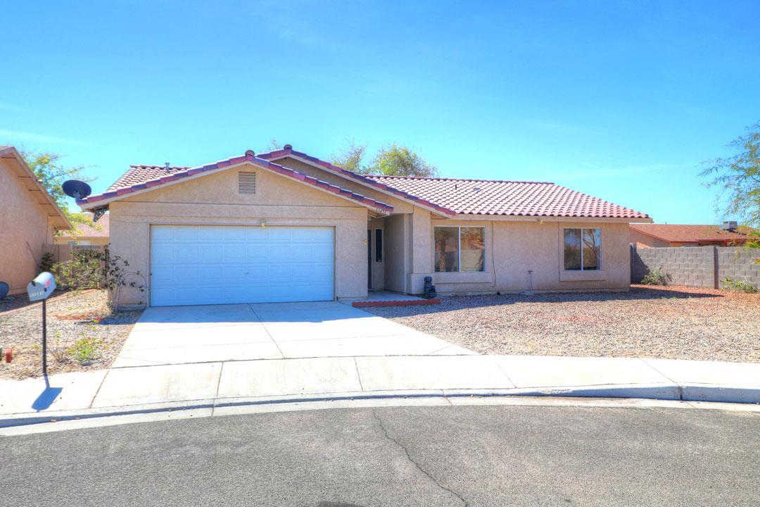 11251 E 24 Ln, Yuma, AZ 85367 now has a new price of $168,800!