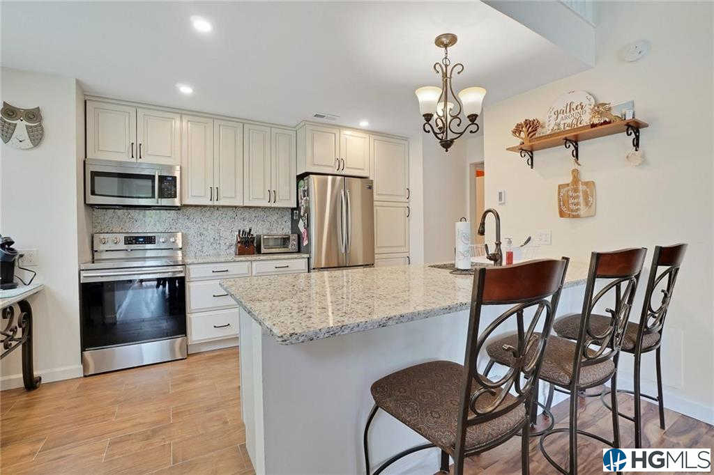 124 Heritage Hills #B, Somers, NY 10589 now has a new price of $415,000!