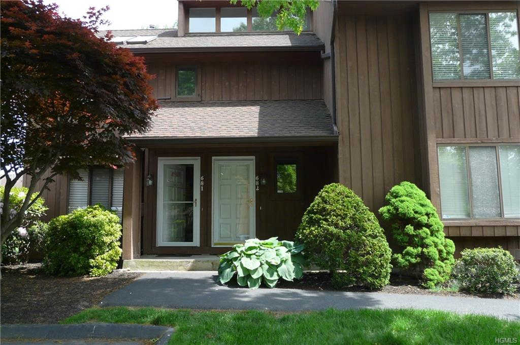 682 Panorama Drive #682, Mohegan Lake, NY 10547 is now new to the market!