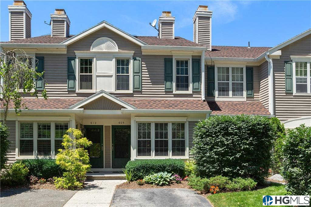 609 Pondside Drive, White Plains, NY 10607 now has a new price of $525,000!