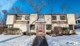 44 Jefferson Oval #a, Yorktown Heights, NY 10598
