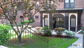 83-85 Woodhaven Boulevard #6b, Call Listing Agent, NY 11421