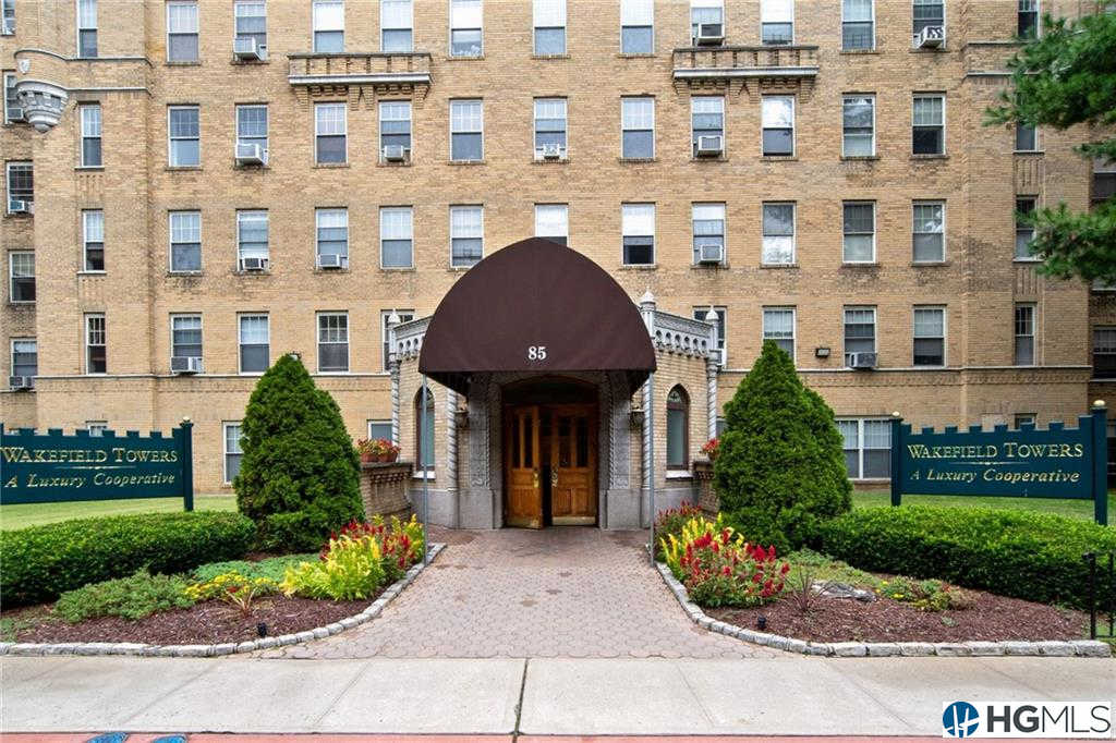85 Bronx River Road #4F, Yonkers, NY 10704 is now new to the market!