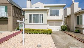 72 Fleetwood Drive, Daly City, CA 94015