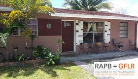 6032 Dawson St, Hollywood, FL 33023