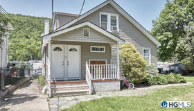 51 Murray Road, Greenwood Lake, NY 10925