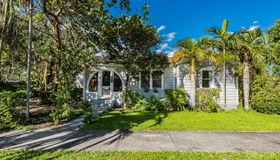 181 Nahkoda Dr, Miami Springs, FL 33166