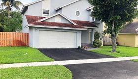 9730 sw 14th CT, Pembroke Pines, FL 33025