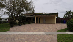 6414 N Lakeshore Dr, Margate, FL 33063